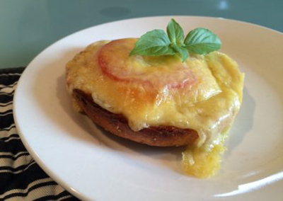 Broiled cheese & tomato bagel